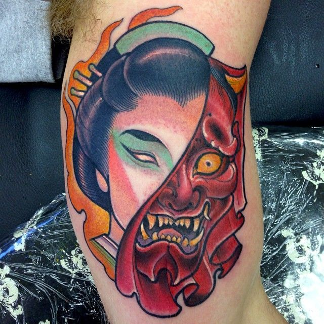 Tatuaje media máscara Hannya