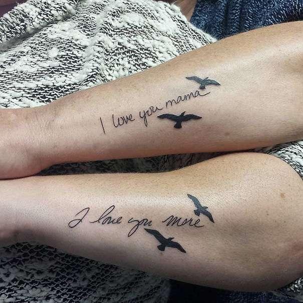 Tatuaje madre e hija frase y aves