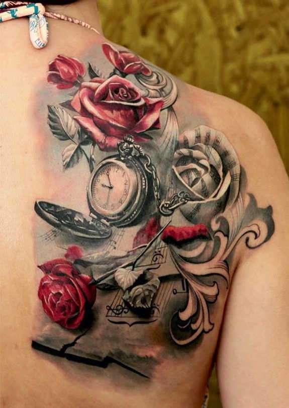 Tatuaje de rosas reloj y pentagrama
