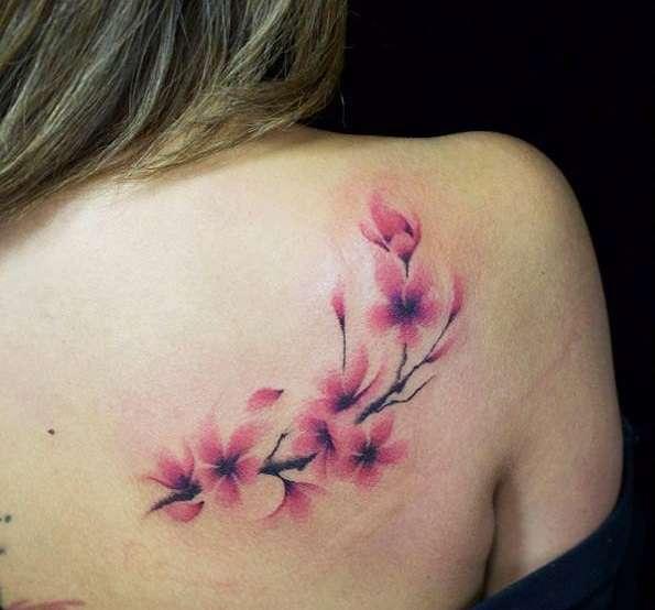 Tatuaje de flor de cerezo - difuminado