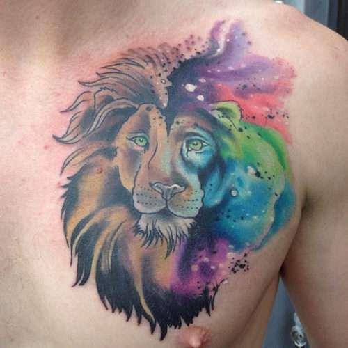 tatuaje de león en el pecho