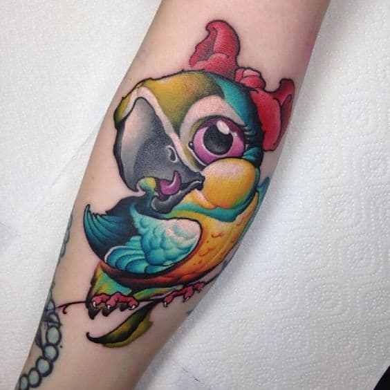 Tatuajes de animales: loro new school